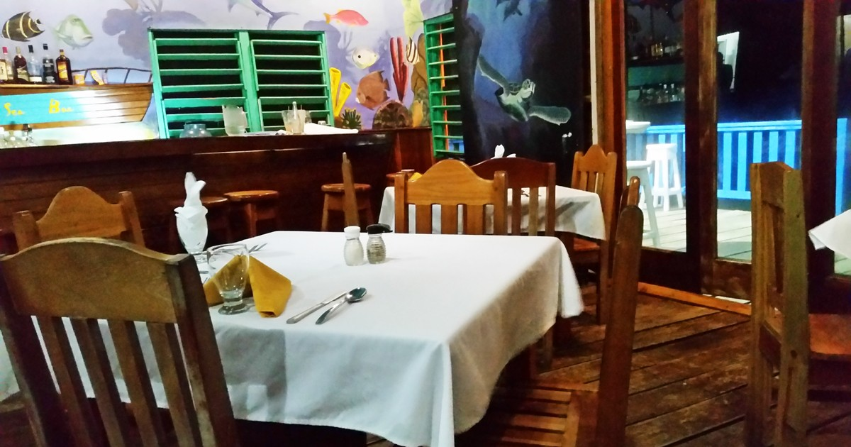 Aquarium Restaurant - Belize