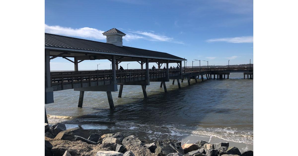 Stroll the Pier