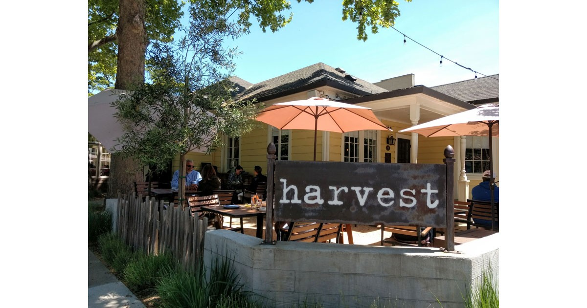 Danville Harvest - delicous food and a heritage house.