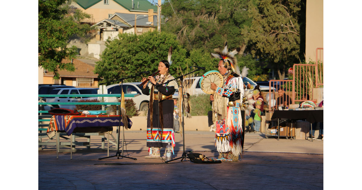 Fabian Fontenelle and Shelley Morningsong perform at the McKinley Courthouse PLaza