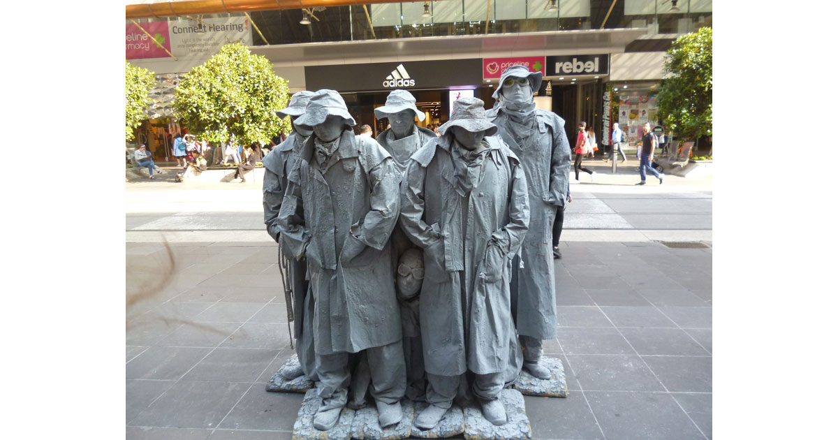 Melbourne Buskers by Linda Ballou