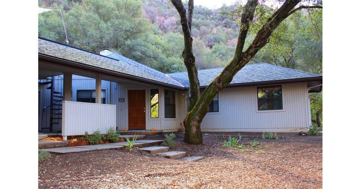Oak Tree Hollow Sequoia Vacation Rental