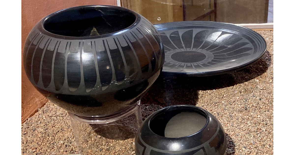 Black-on-Black Pottery at Ghost Ranch