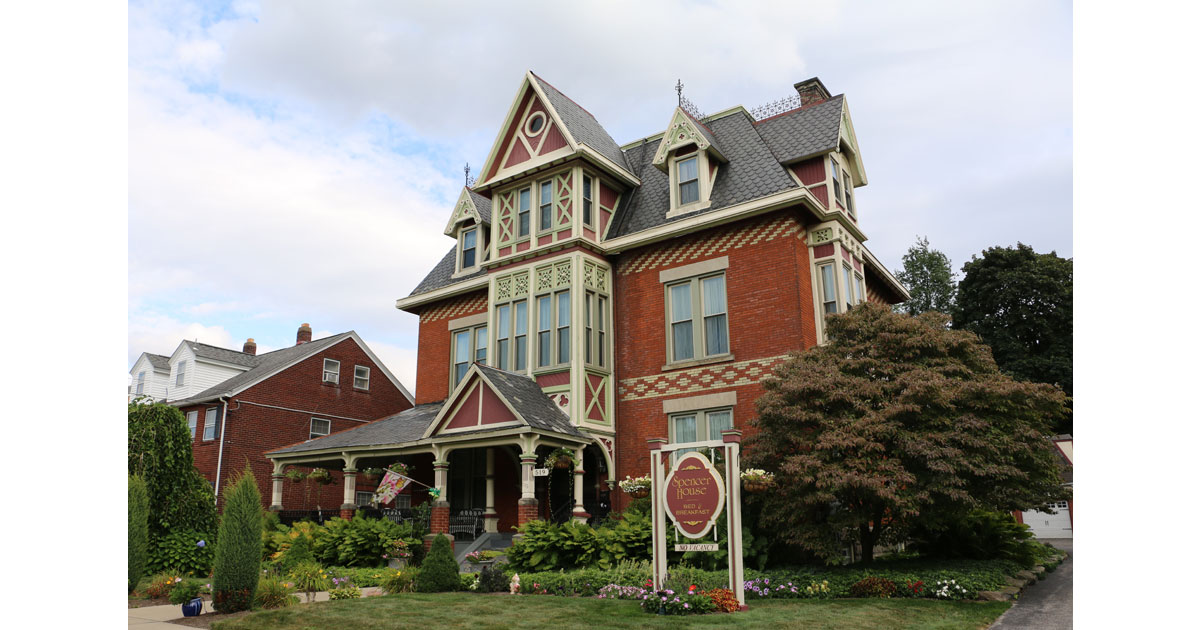 Spencer House Bed and Breakfast in Erie, Pennsylvania