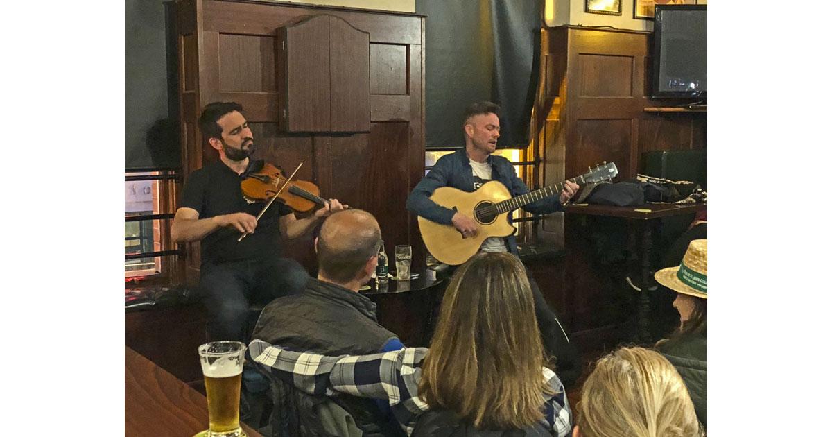 Traditional Irish Music Pub Crawl