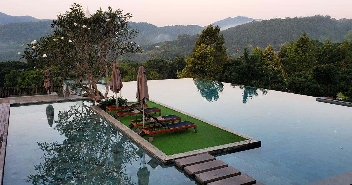 Veranda Infinity Pool