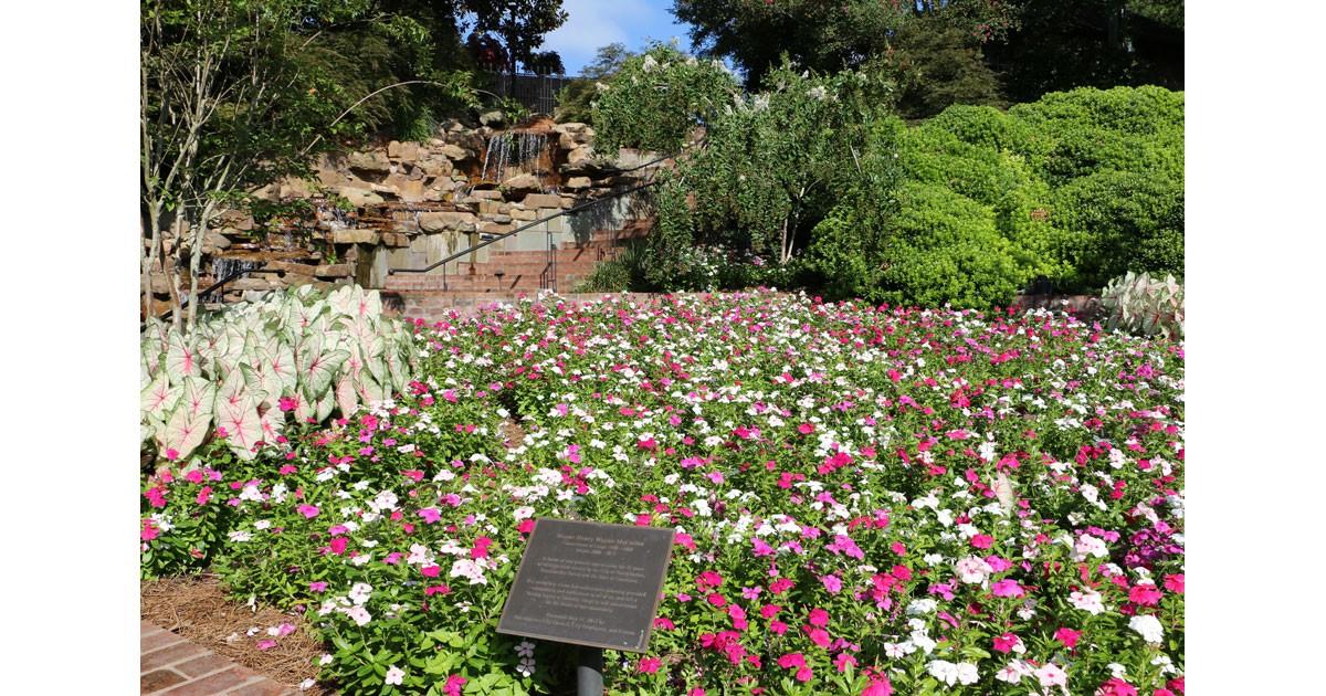 gardendestinations.jpg