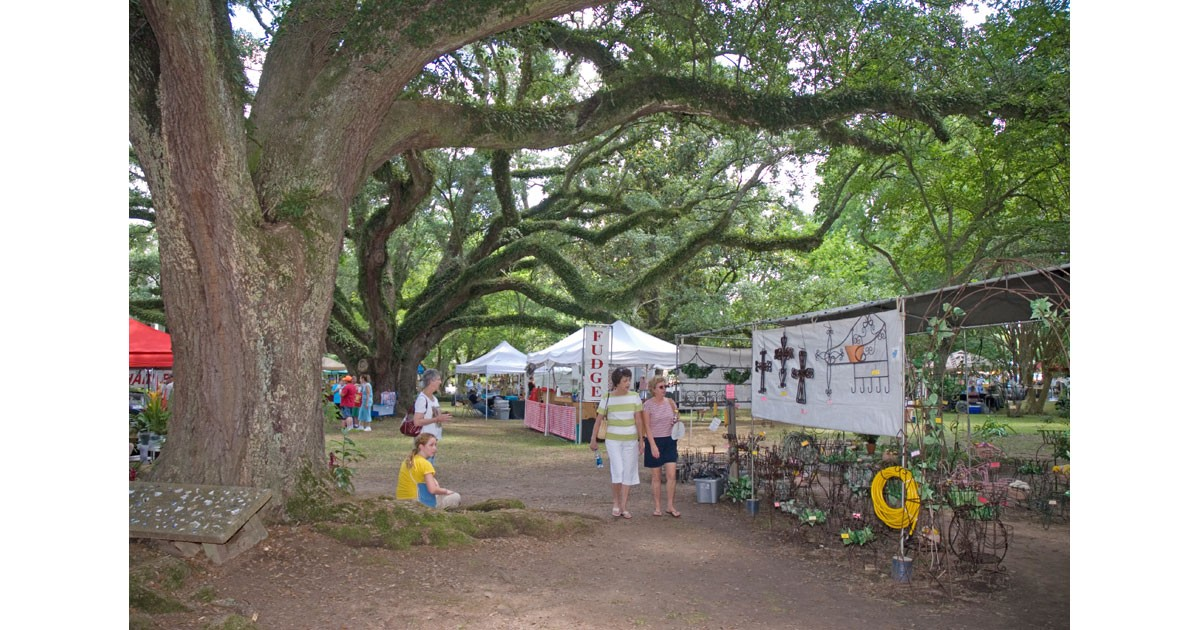 Melrose Arts & Crafts Festival
