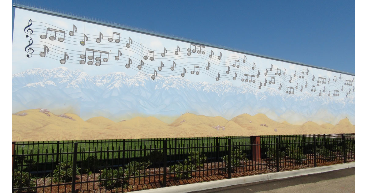 Sierra Nevada and Musical Notes on the other side of Marching Through Time Mural
